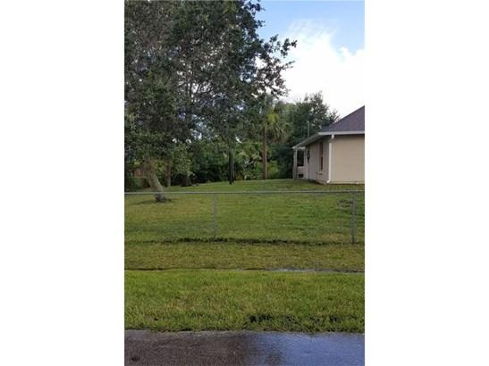 Detached Home - Sebastian, FL (photo 4)