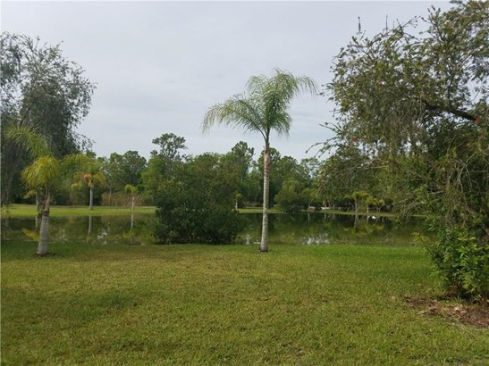 Detached Home - Fellsmere, FL (photo 5)