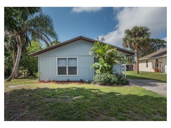 Detached Home - Fort Pierce, FL (photo 2)