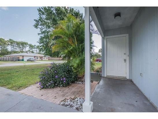 Detached Home - Fort Pierce, FL (photo 4)