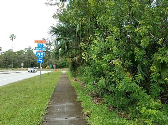 Commercial, All Property - Fellsmere, FL (photo 5)