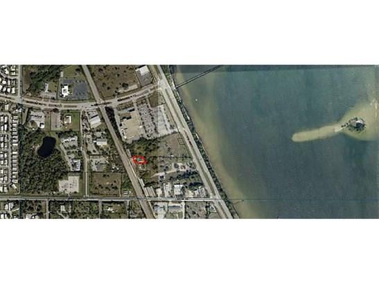 Detached Home - Micco, FL (photo 2)