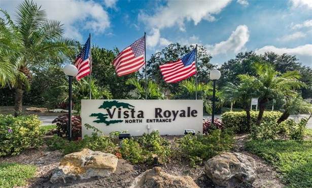 Attached Home,Exterior Walkway - Vero Beach, FL