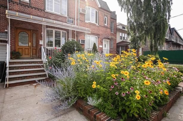 2156 Gerritsen Avenue, Brooklyn, NY - USA (photo 2)