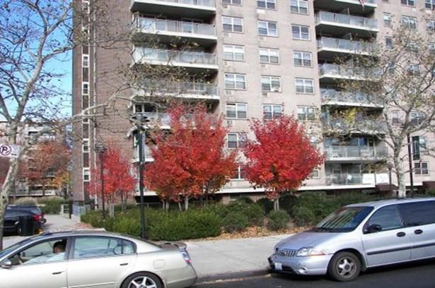 12205 Flatlands Ave 4d, Brooklyn, NY - USA (photo 1)