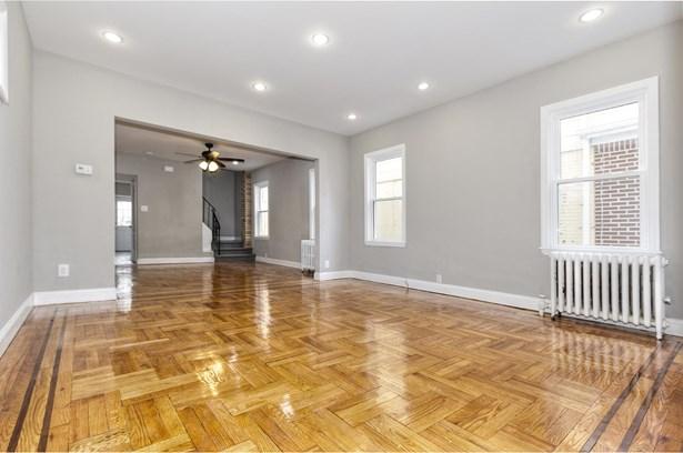 1371 East 46 Street, Brooklyn, NY - USA (photo 3)