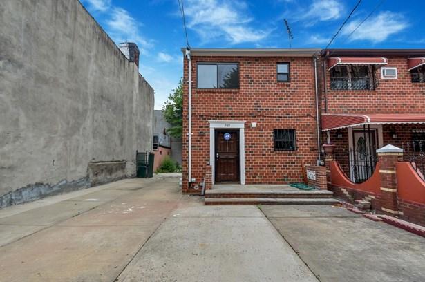 245 Berriman Street, Brooklyn, NY - USA (photo 1)