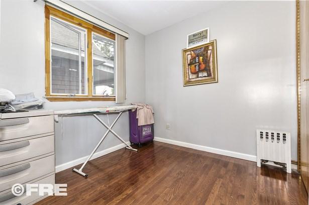608 East 8th St, Brooklyn, NY - USA (photo 5)