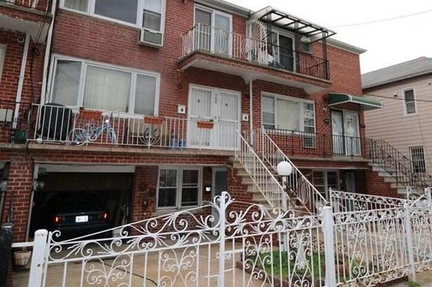 Bay 35th Street, Brooklyn, NY - USA (photo 2)