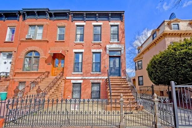 585 Hancock Street, Brooklyn, NY - USA (photo 1)