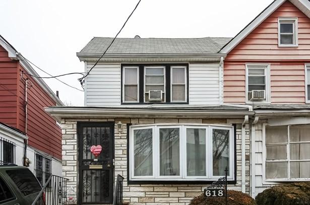 618 East 42nd St, Brooklyn, NY - USA (photo 2)