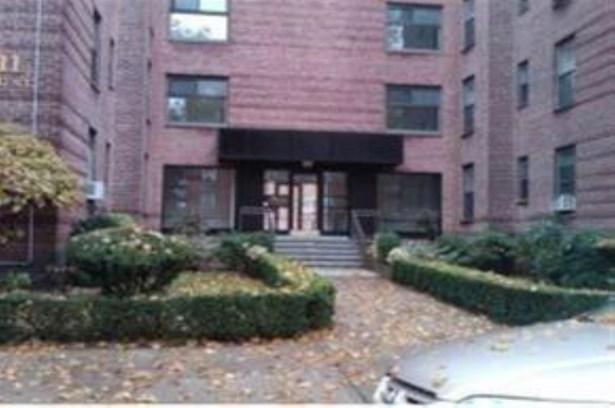 2212 Brigham St 5d, Brooklyn, NY - USA (photo 1)