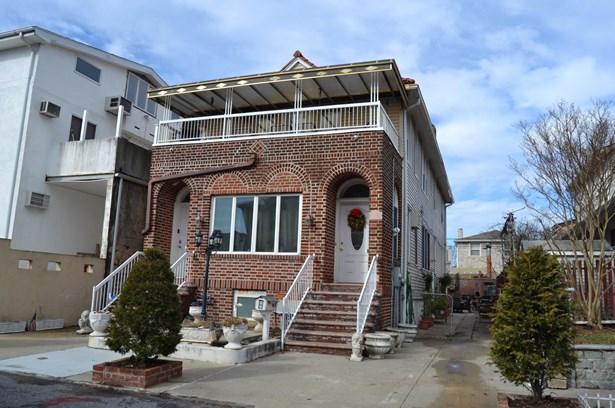 3925 Lyme Avenue, Brooklyn, NY - USA (photo 1)