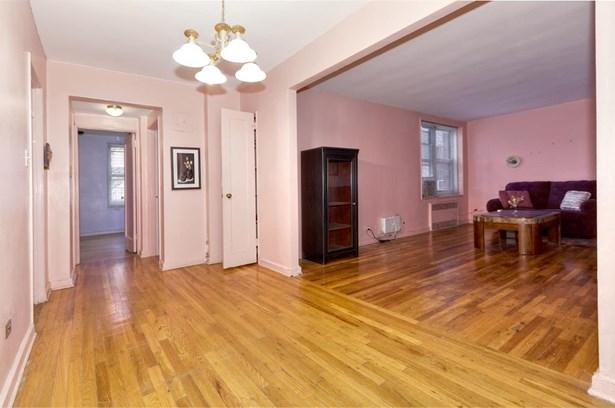 2285 Bragg Street 5d, Brooklyn, NY - USA (photo 3)