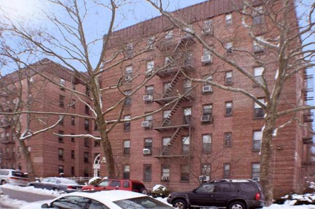 2212 Brigham Street 2b, Brooklyn, NY - USA (photo 1)