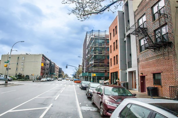 1054 Bedford Avenue, Brooklyn, NY - USA (photo 5)