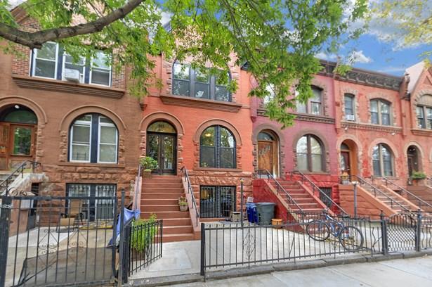 665 Park Pl, Brooklyn, NY - USA (photo 1)