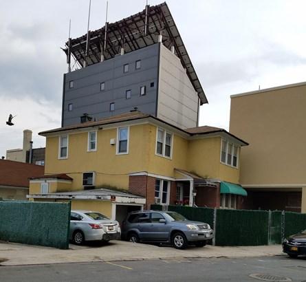 3055 Brighton 1st Street, Brooklyn, NY - USA (photo 1)