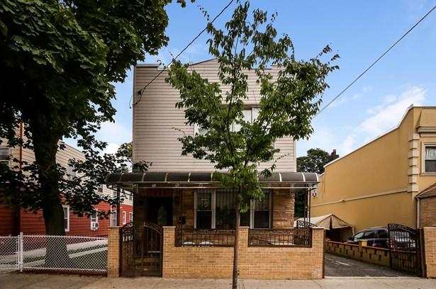 695 Ashford Street, Brooklyn, NY - USA (photo 2)