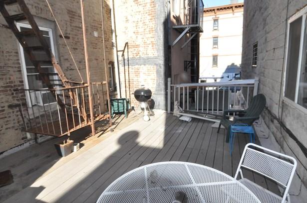 496 Grand Street 2, Brooklyn, NY - USA (photo 1)