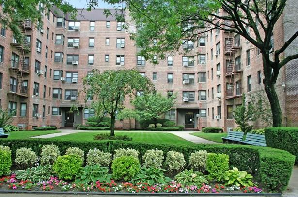 2260 Burnett Street 1k, Brooklyn, NY - USA (photo 1)