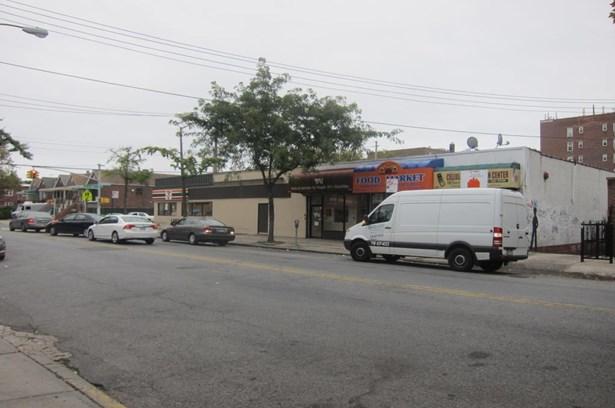 3346 Nostrand Avenue, Brooklyn, NY - USA (photo 1)