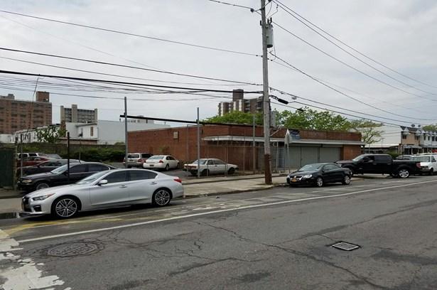 2516 Neptune Avenue, Brooklyn, NY - USA (photo 5)