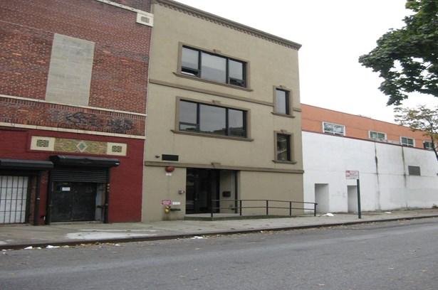 153-17 Jamaica Avenue, Jamaica, NY - USA (photo 2)
