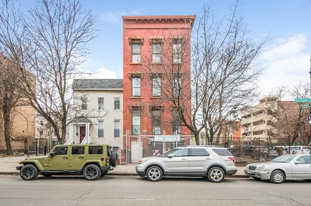 12 Stuyvesant Ave, Brooklyn, NY - USA (photo 2)
