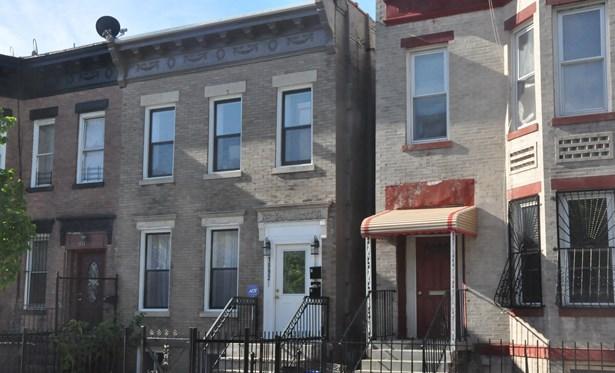 1592 St Marks Ave, Brooklyn, NY - USA (photo 1)