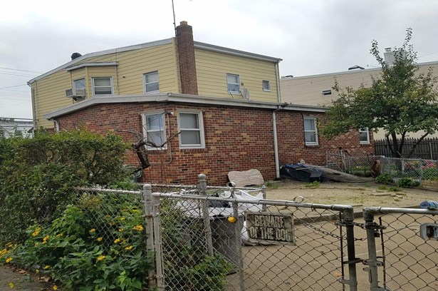 9317 Glenwood Road, Brooklyn, NY - USA (photo 2)