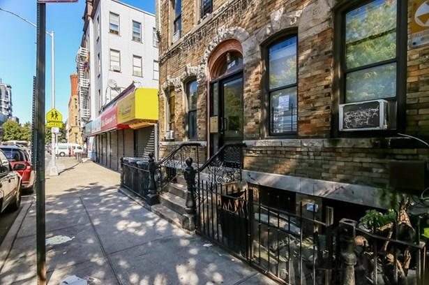 1380 Dekalb Avenue, Brooklyn, NY - USA (photo 2)