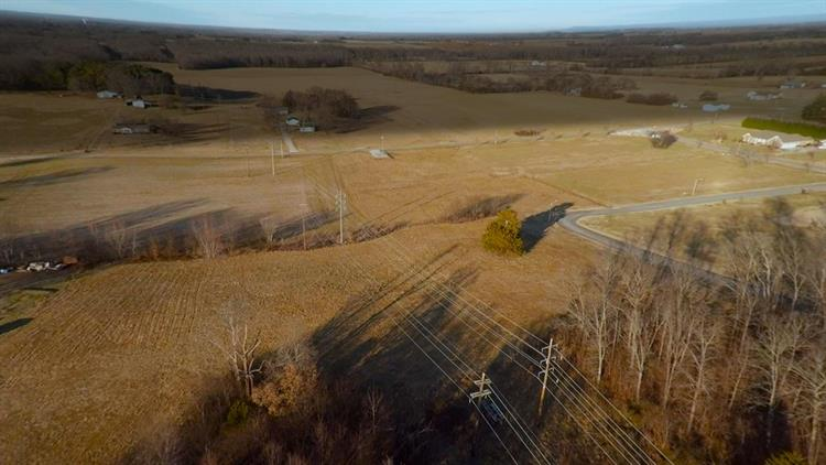 1051 Blair Pond Rd, Winchester, TN - USA (photo 5)