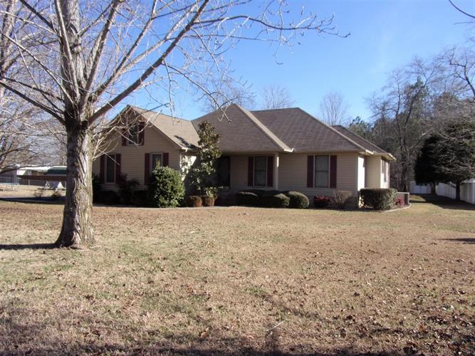105 Shady Acres Ln, Tullahoma, TN - USA (photo 1)