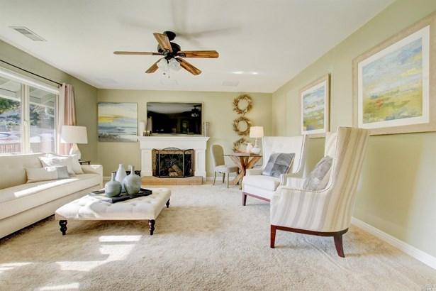 Single Family Residence, Ranch - Novato, CA (photo 3)