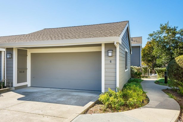 Contemporary, Condo/Coop - Greenbrae, CA (photo 3)
