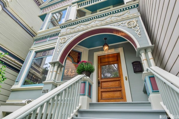 4+ Story,Single-family Homes - Contemporary,Traditional,Victorian (photo 2)
