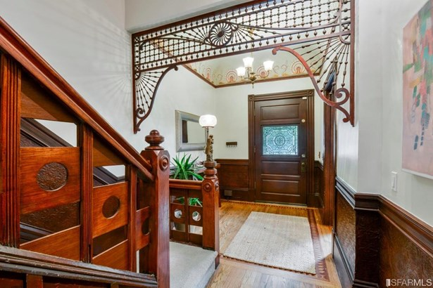 4+ Story,Single-family Homes - Contemporary,Traditional,Victorian (photo 5)