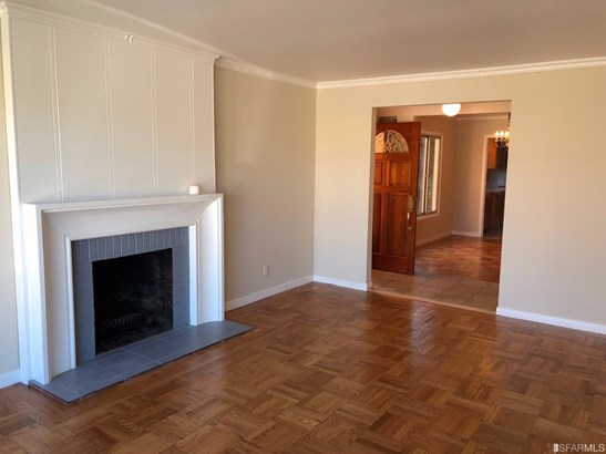 Traditional, Full,Detached,Split Level,Single-family Homes - Daly City, CA (photo 3)