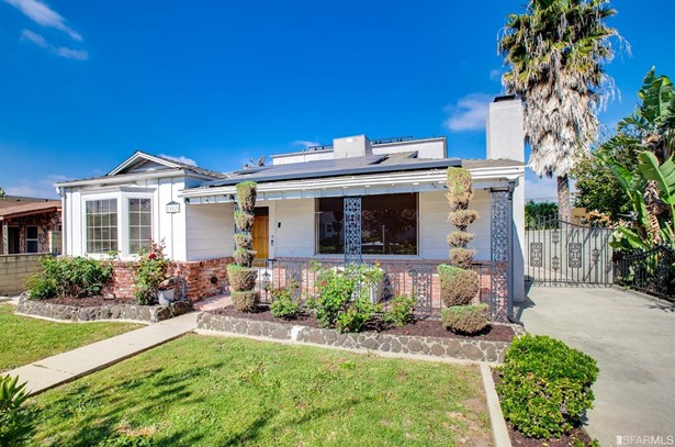 Detached,2 Story,Single-family Homes, Contemporary - Los Angeles, CA