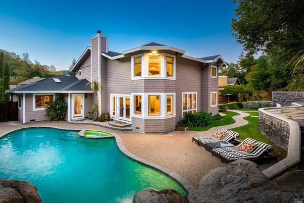 Single Family Residence, Contemporary - Novato, CA (photo 1)