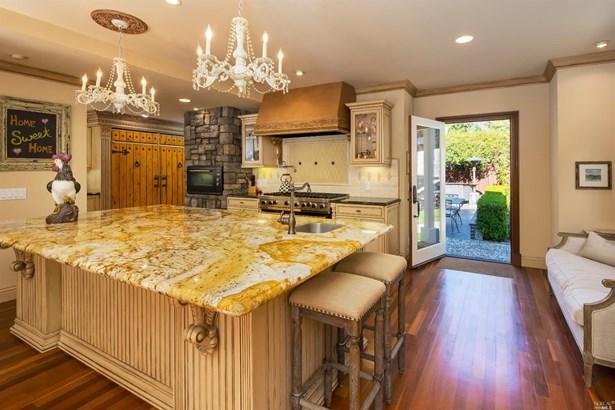 Single Family Residence, Contemporary - Novato, CA (photo 2)