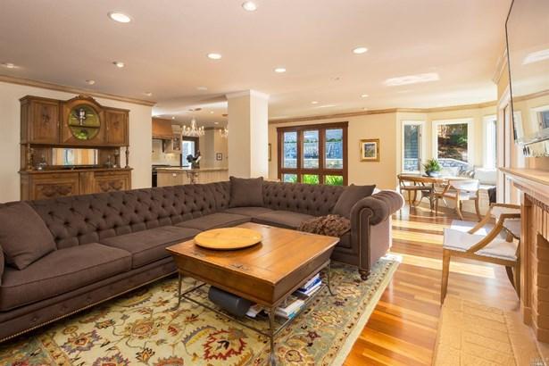 Single Family Residence, Contemporary - Novato, CA (photo 4)