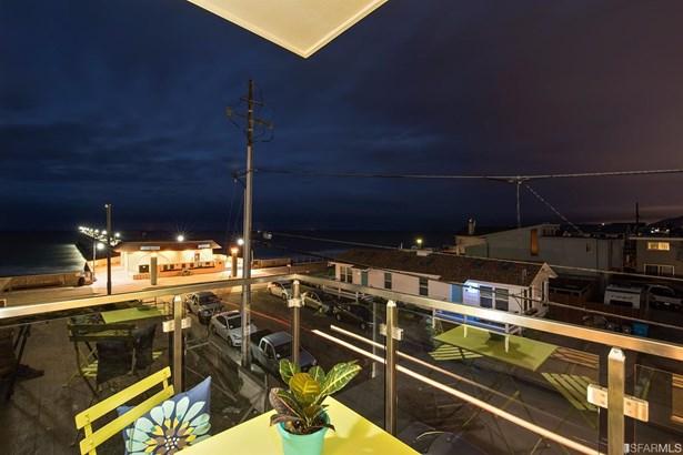 Condominium, Contemporary - Pacifica, CA (photo 2)