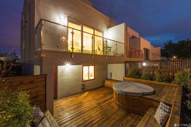 Condominium, Contemporary - Pacifica, CA (photo 4)