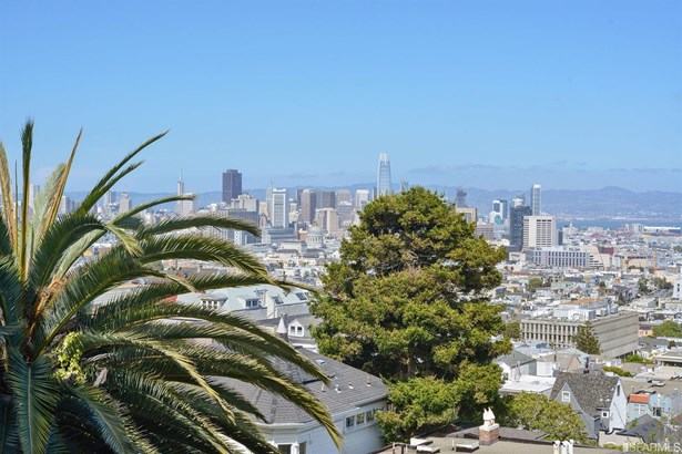Condominium - San Francisco, CA (photo 3)