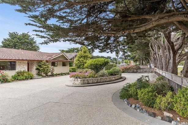 Detached,1 Story,Single-family Homes, Ranch - Half Moon Bay, CA (photo 1)