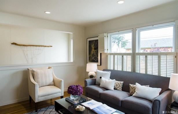 Contemporary, Semi-attached,2 Story,Single-family Homes - San Francisco, CA (photo 2)
