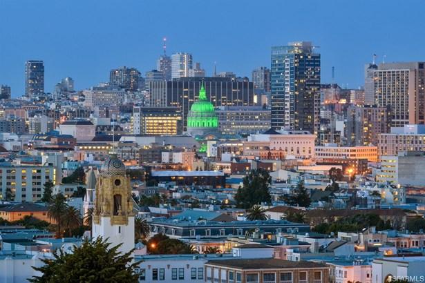 Modern/High Tech, Single-family Homes - San Francisco, CA (photo 2)