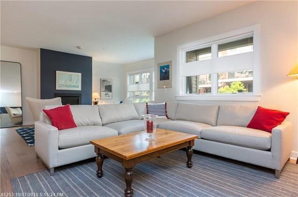 Condominium - Portland, ME (photo 3)